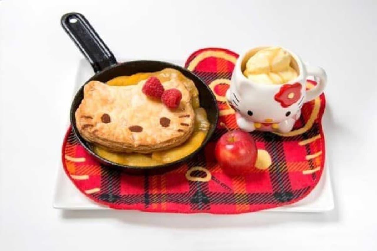 かわいい!「ハローキティカフェ」が渋谷パルコに  (画像:ハローキティのアツアツ鉄板アップルパイ)
