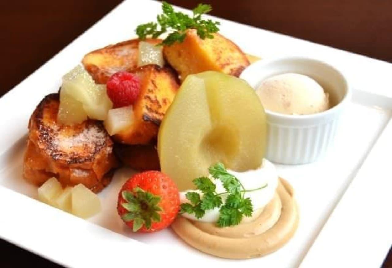 これから旬を迎えるラ・フランスを使った  「ラ・フランスとシナモンクリームのフレンチトースト」