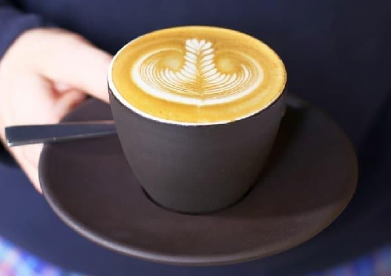 """""""三つ星""""コーヒーブランドの一杯、味わってみる?"""