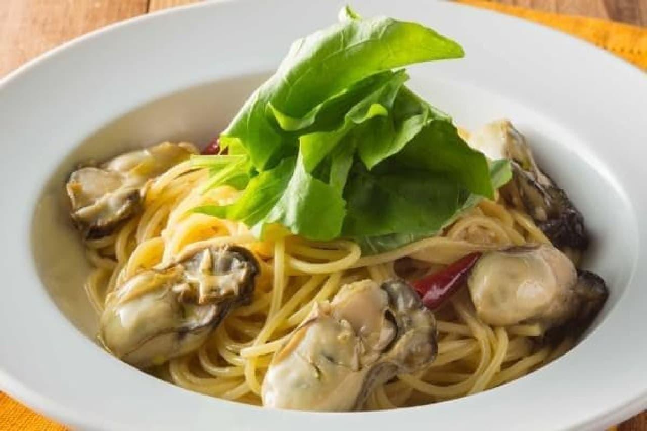 播磨灘産牡蠣を使った「牡蠣とルッコラのペペロンチーノ」