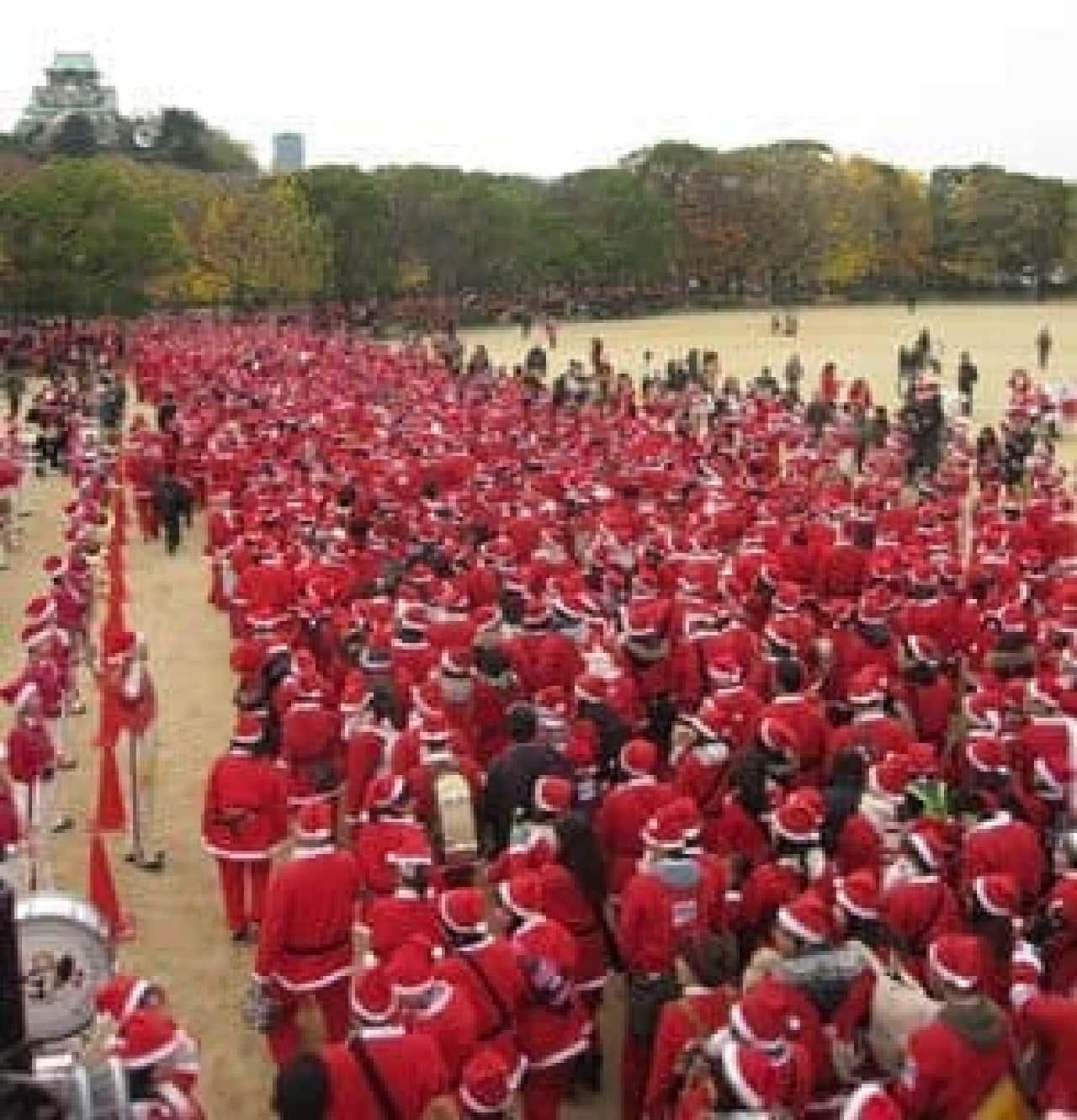 サンタクロースになって楽しく走ろう!