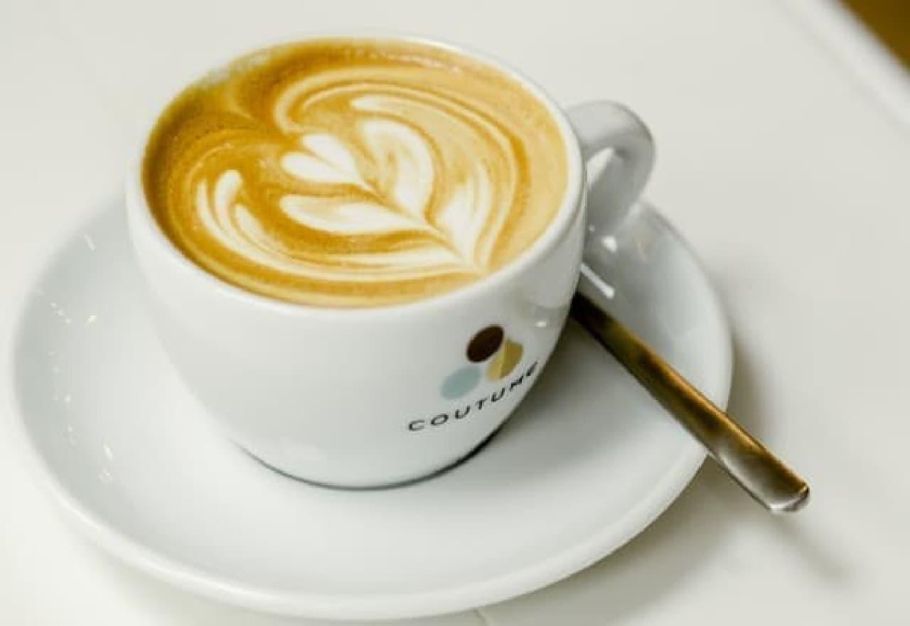 """""""いまパリで1番美味しい""""コーヒーが飲める?"""