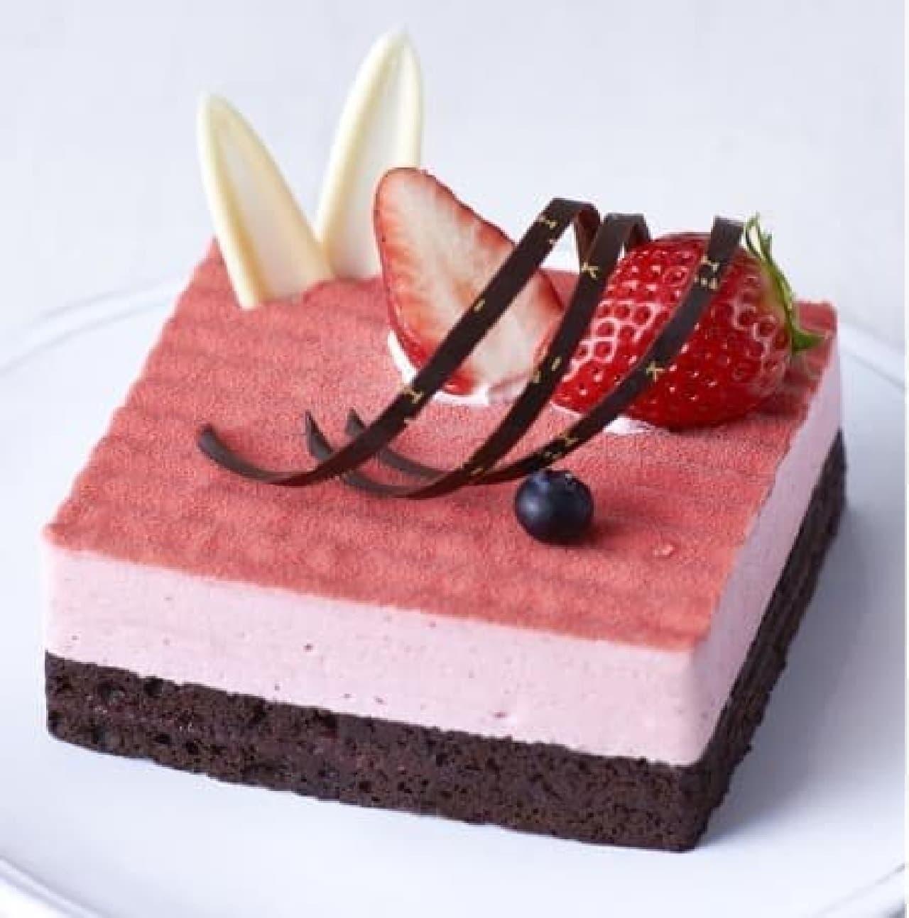 大きめサイズのケーキは家族や友達とシェアして