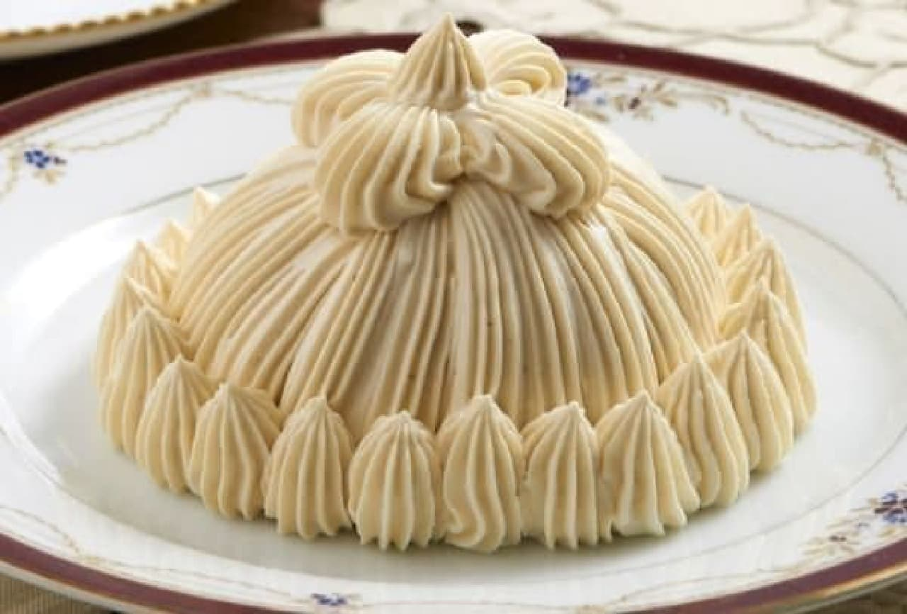 香り高い紅茶とクリームの組み合わせは、まるでロイヤルミルクティー