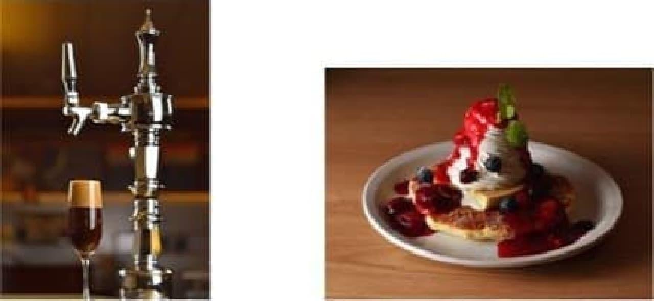 左:特注のサーバーを使ったアイスコーヒー  右:ワッフルパンケーキ3種のベリーホイップ