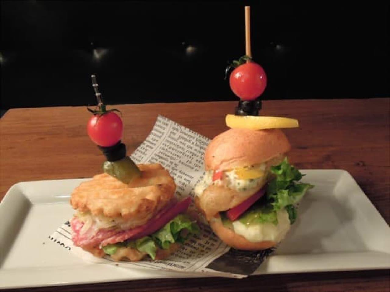 かわいいミニサイズのハンバーガー「ポテトスライダー」