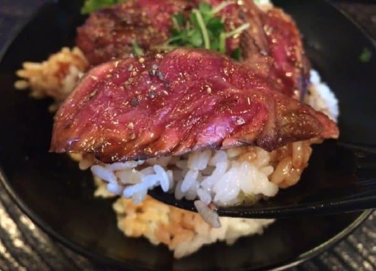 肉と米、他にはなにもいらない