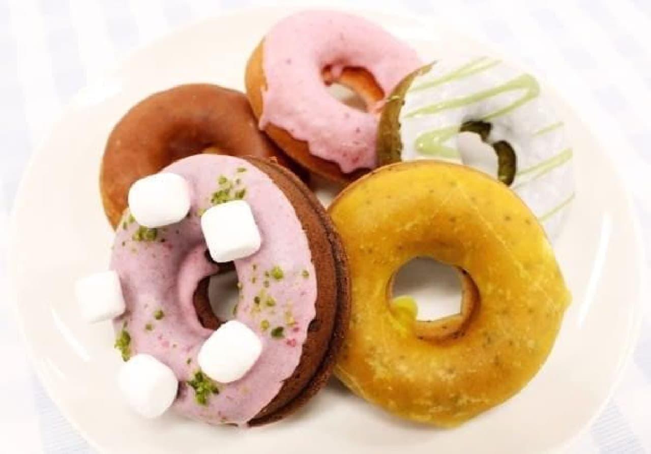 油で揚げない人気の「ベイクドドーナッツ」