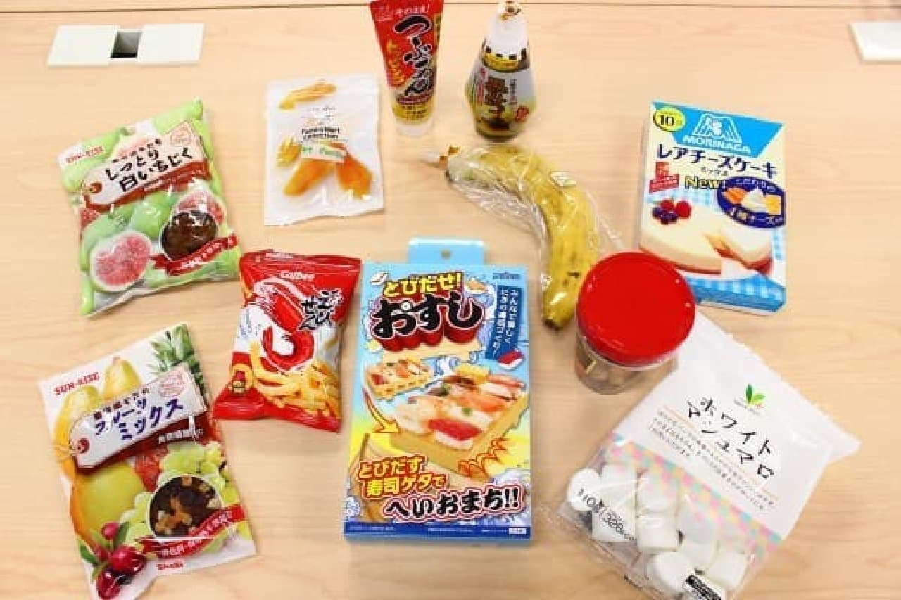 フルーツやマシュマロなど甘い寿司ネタを用意
