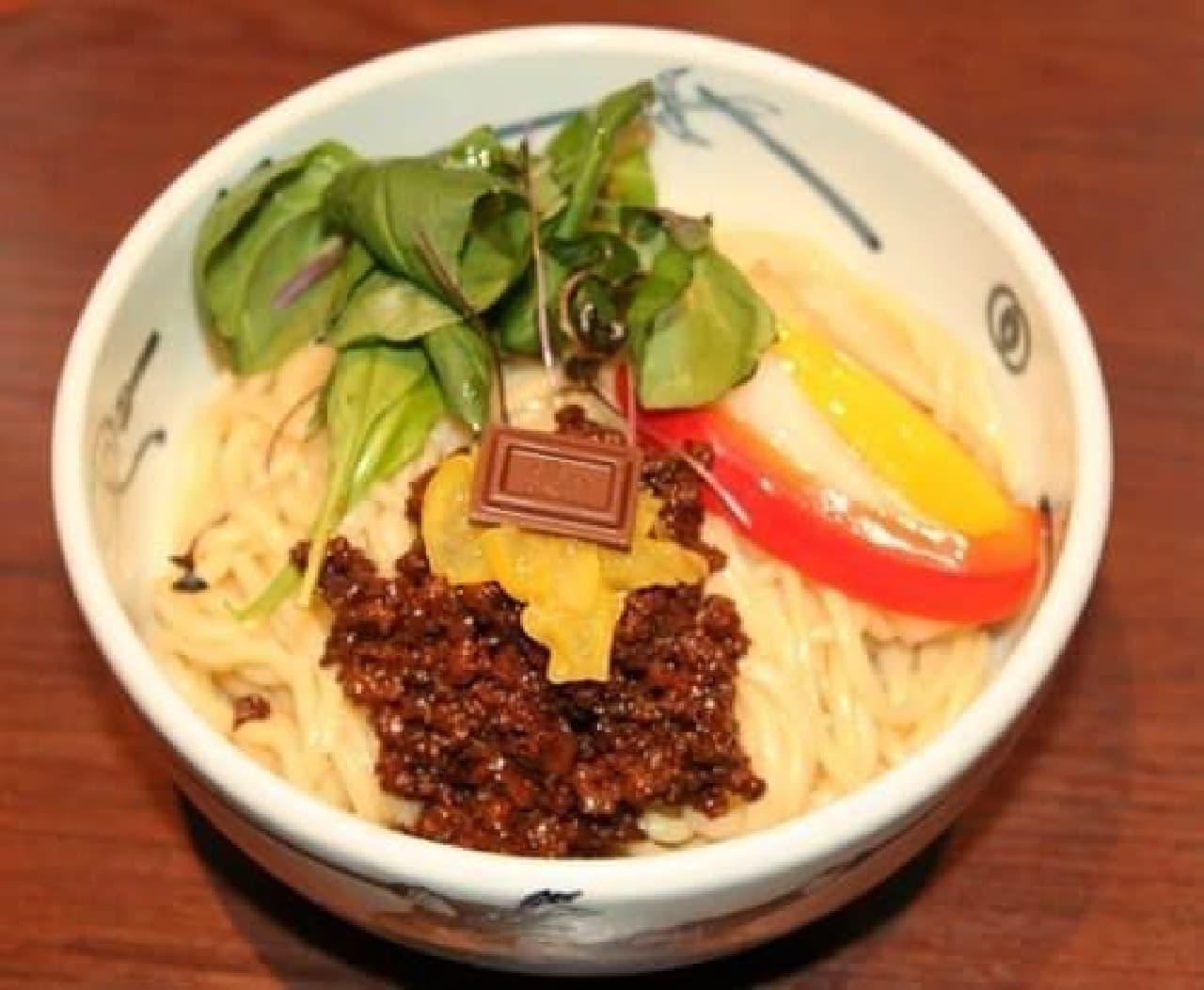 """""""和え麺""""のようにかき混ぜて食べても美味しいそうです!"""