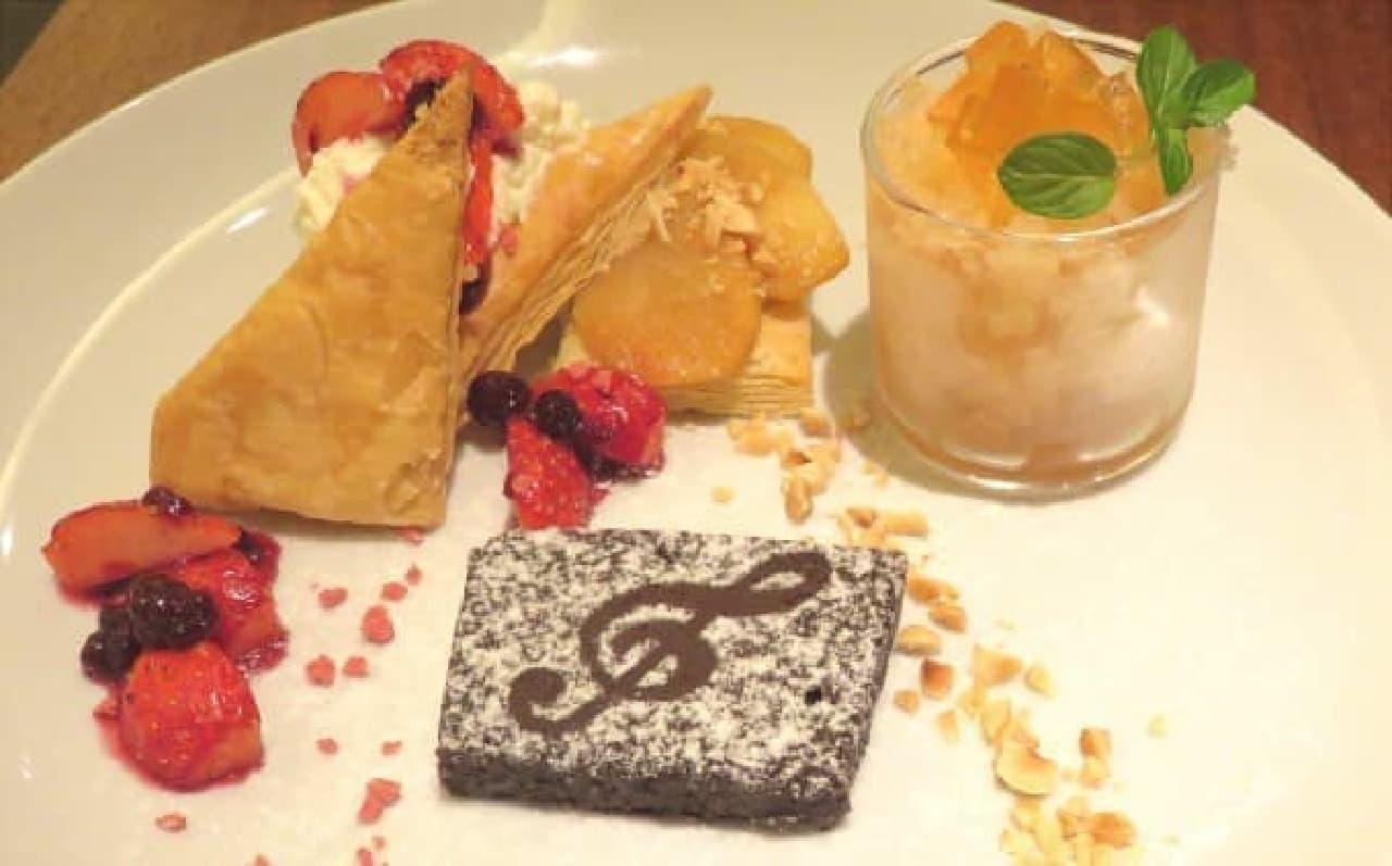 Gclef 10周年記念メニュー「紅茶づくしのデザートプレート」