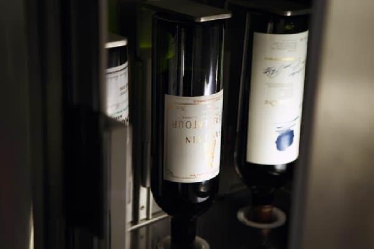 横浜店で新たに導入するワインディスペンサー