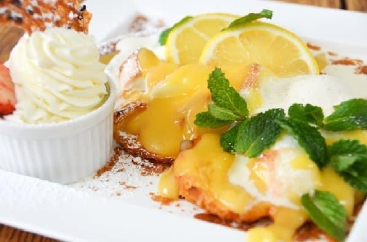 新緑の季節にぴったり!爽やかなレモンのフレンチトースト