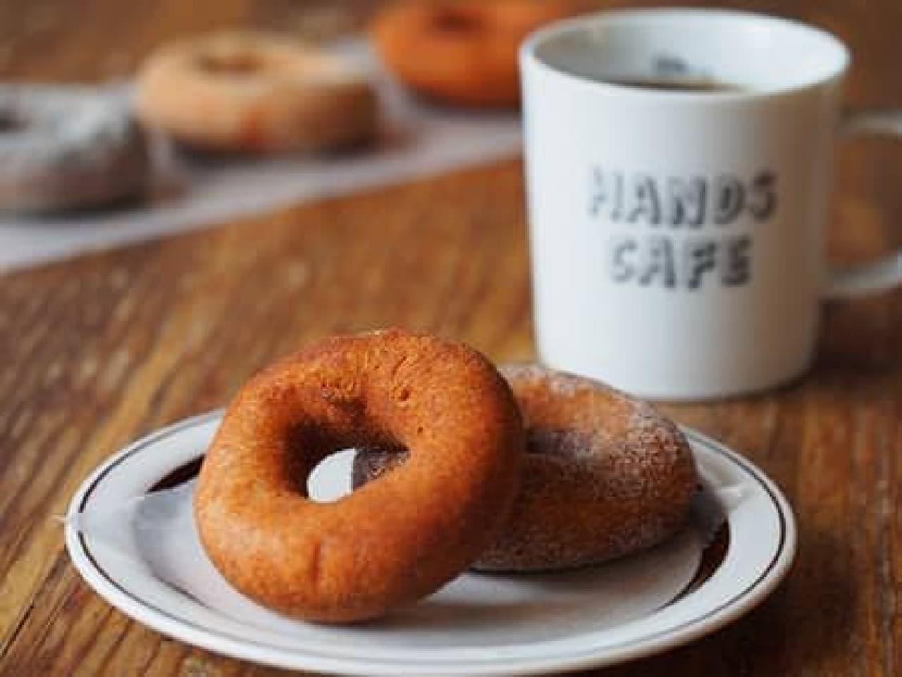 HOA CAFE とコラボの nico ドーナツ
