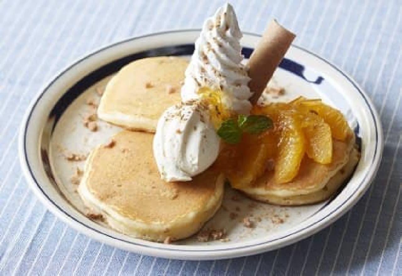 写真はオレンジ八ッ橋パンケーキ