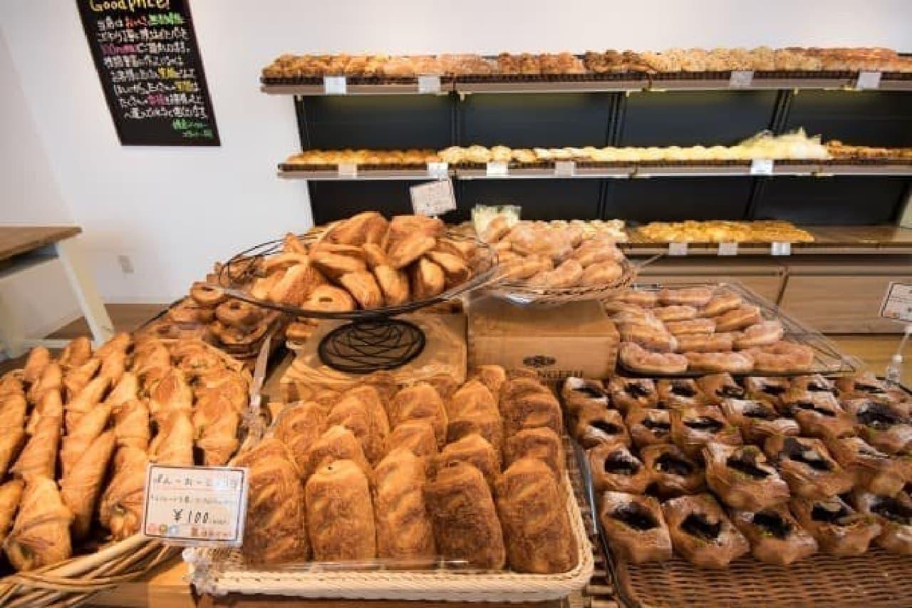 パンのレシピは300以上、パン生地は10種以上もあるのだとか!