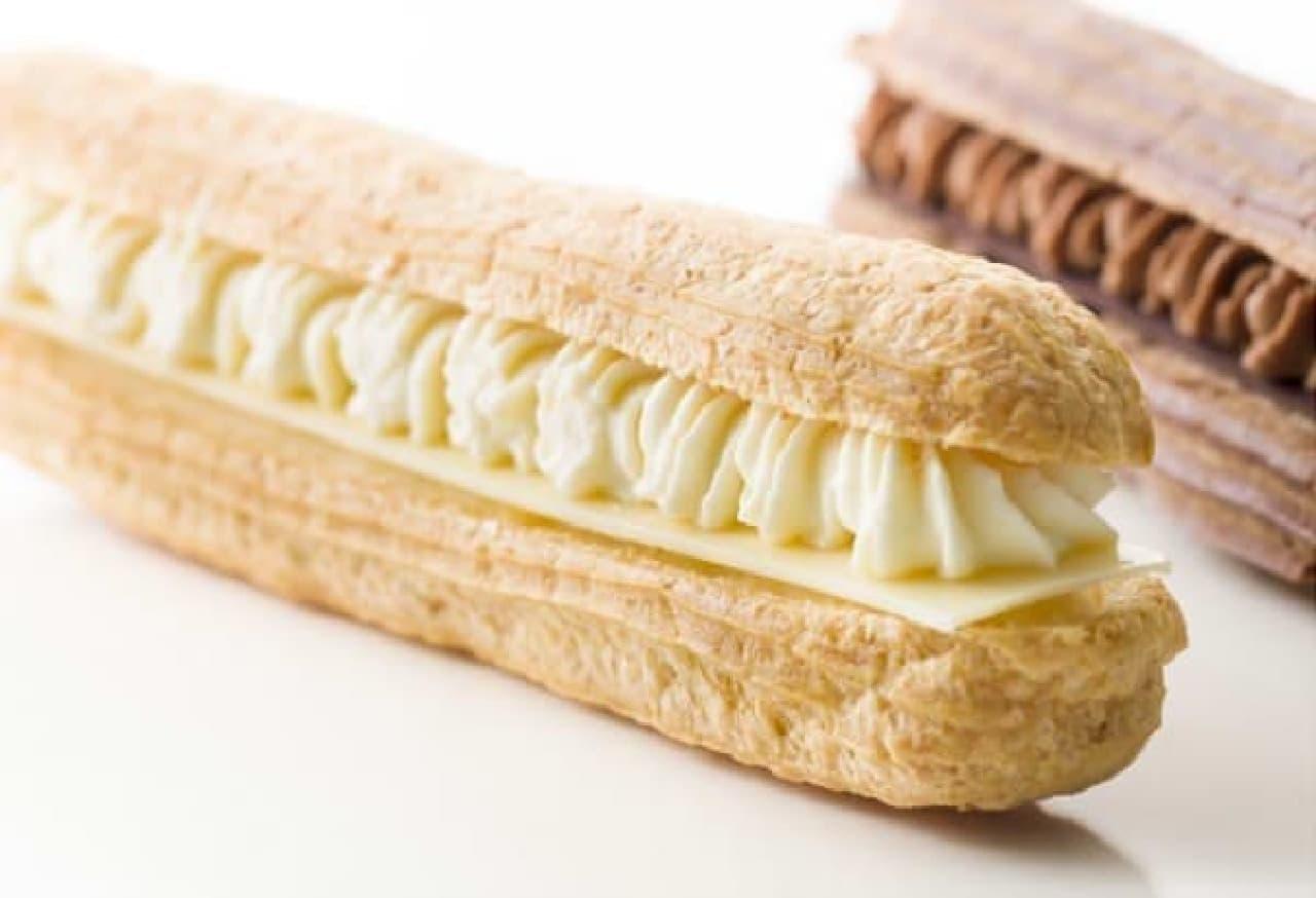 カカオ45%のホワイトチョコのエクレアも