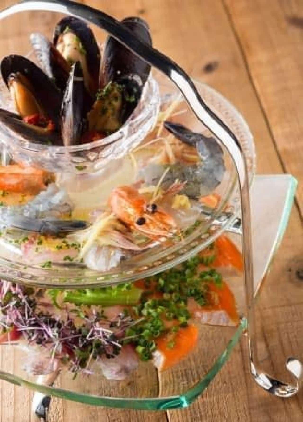 いろんな魚が味わえる!コスパ抜群の「本日のカルパッチョ」