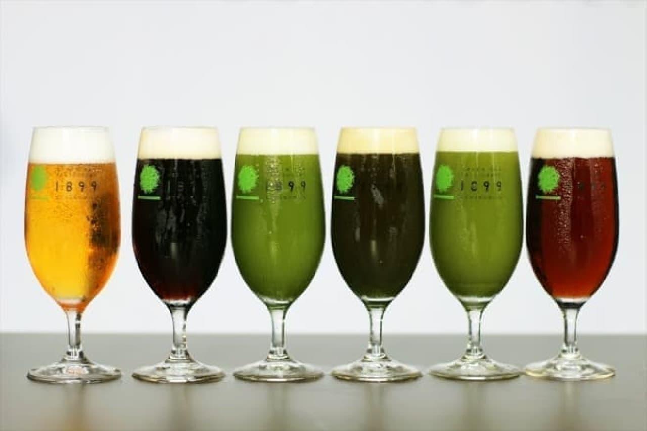 目にも鮮やかな緑色のビールが飲み放題