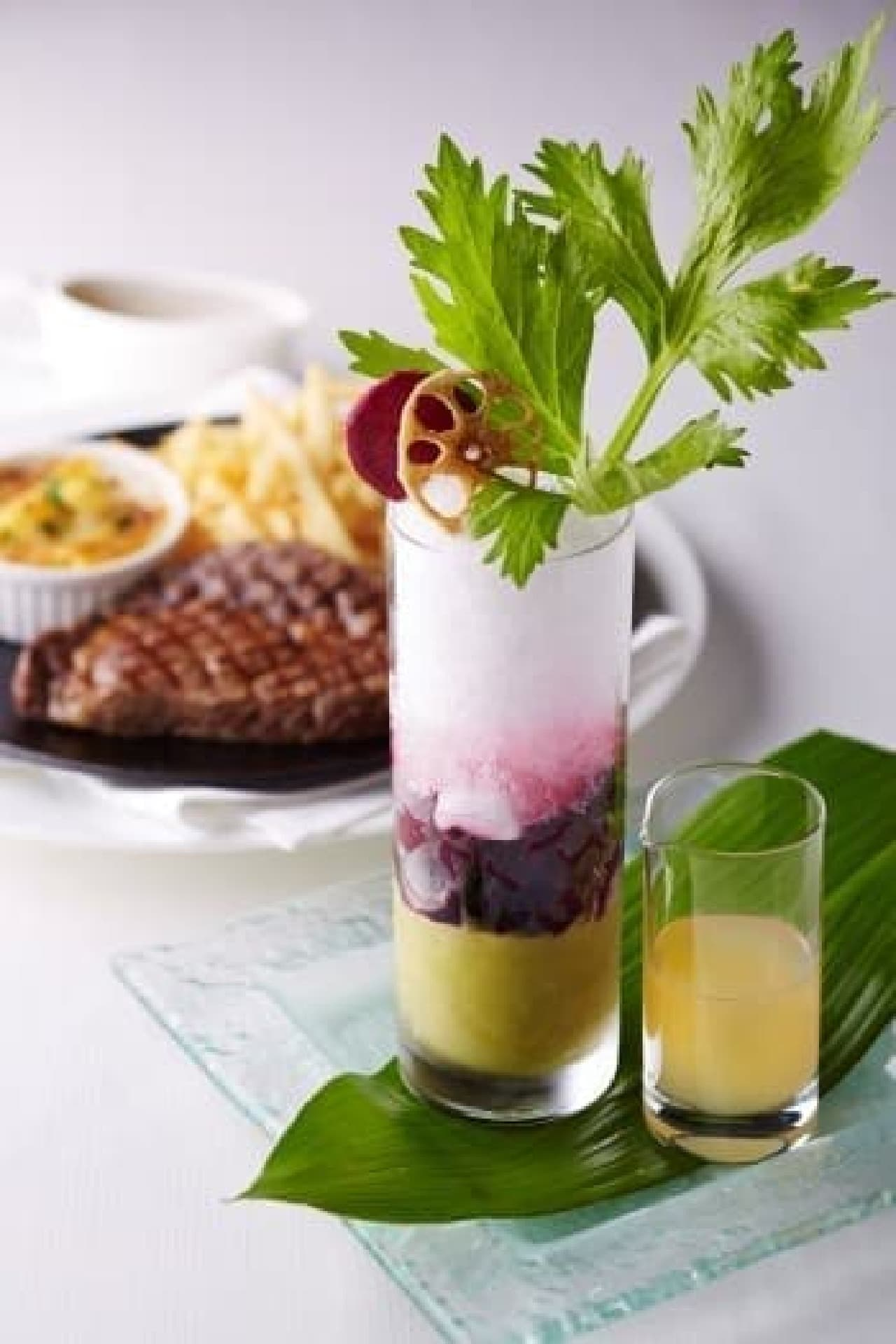ヤサイトロピカルを前菜としたディナーコース(6,800円)も!