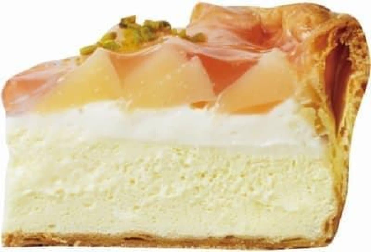 桃の甘みと、レモンミルククリームの酸味のコントラストが楽しめる