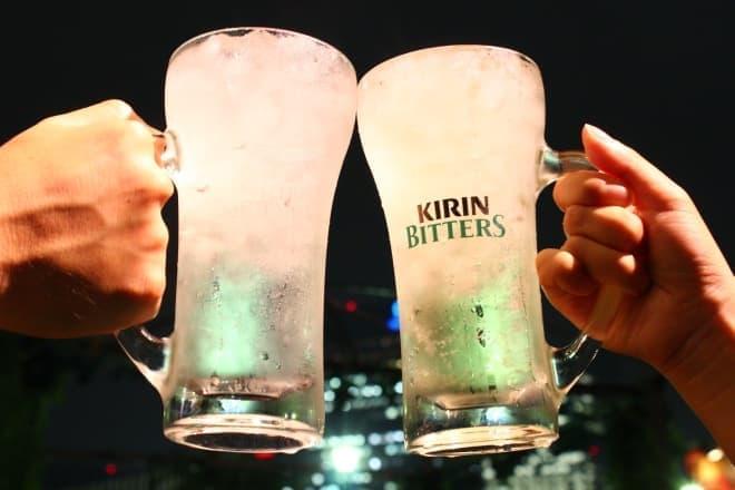 グラス越しの夜景もロマンチックでした