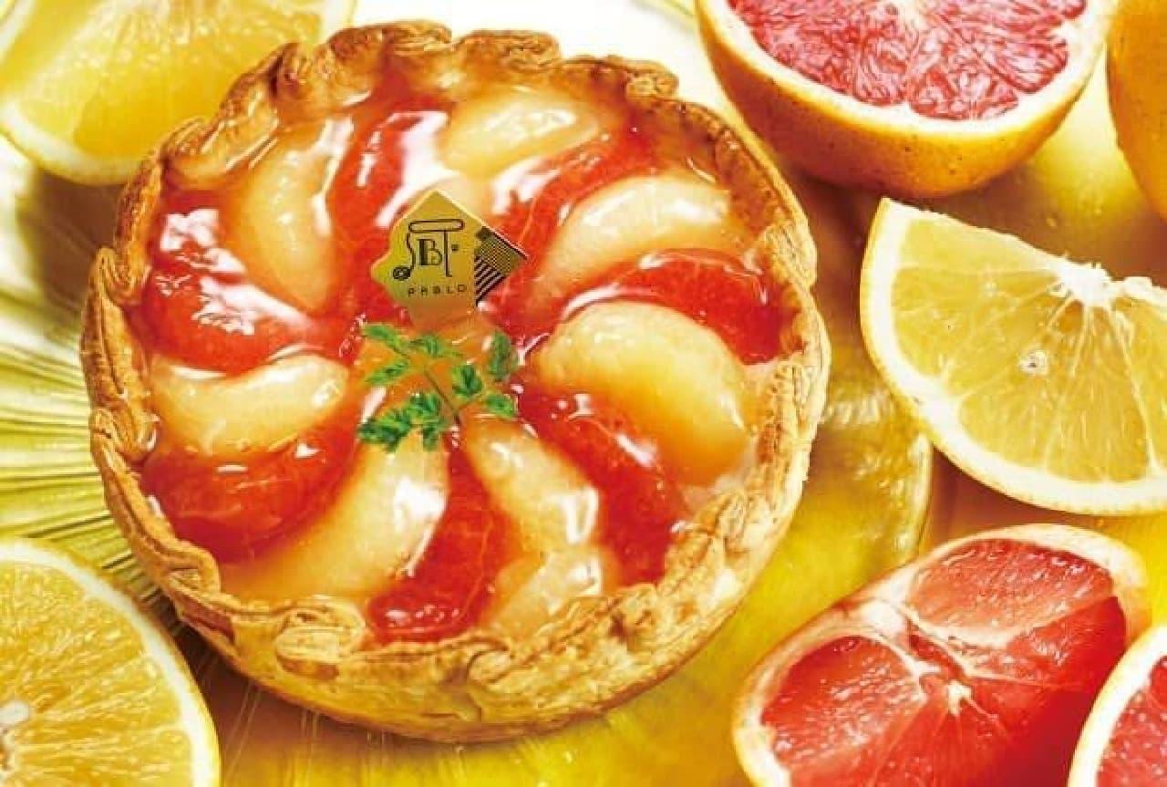 赤と白のグレープフルーツが見た目にも鮮やか!
