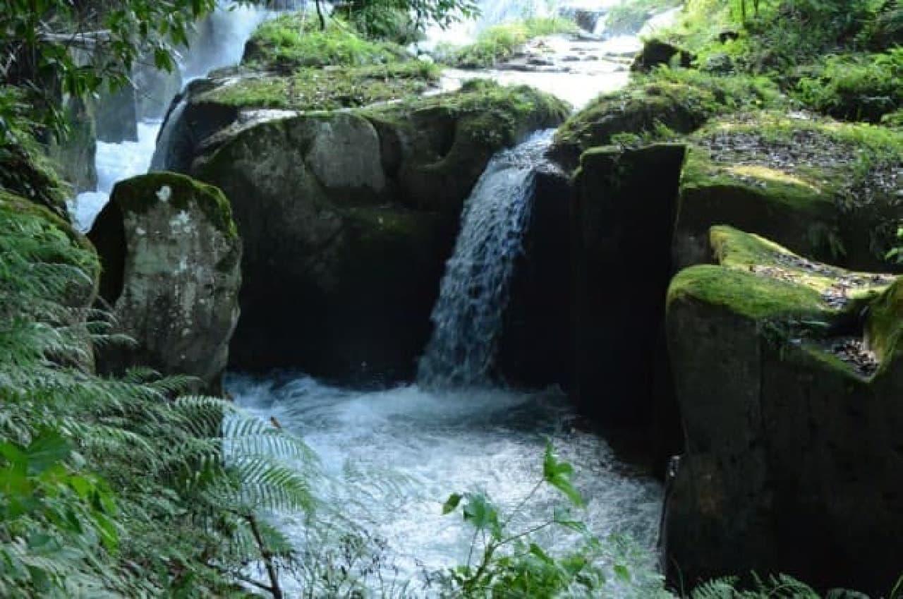 霧島裂罅水(イメージ)