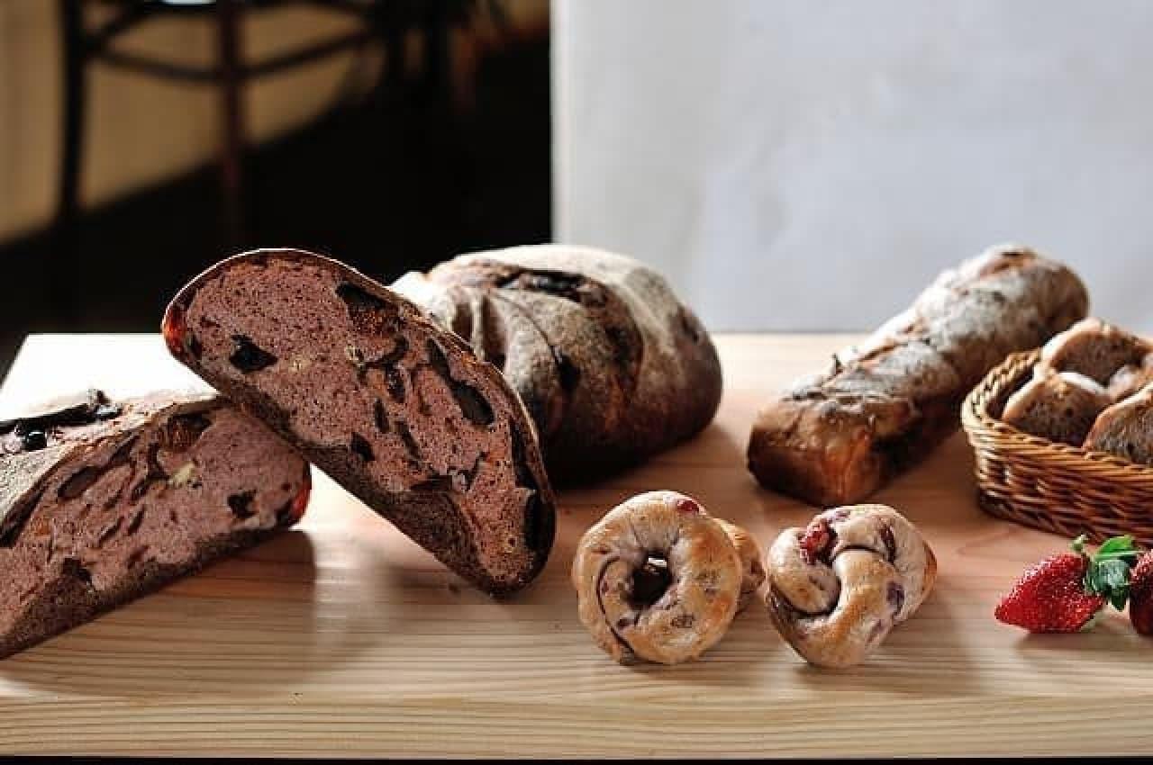 有機小麦と天然酵母で焼き上げるパンたち