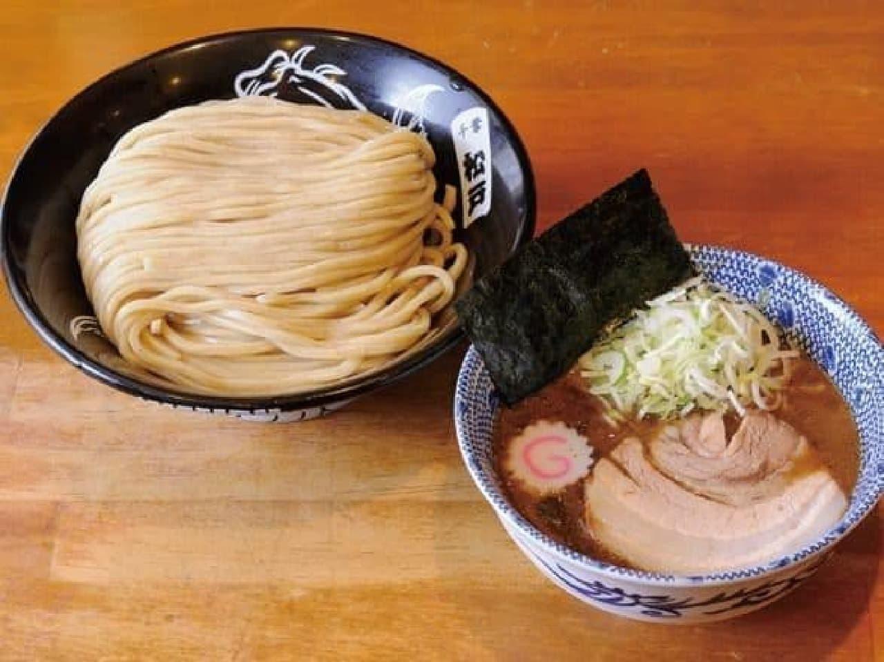 今年の大つけ麺博は、つけ麺VSラーメン