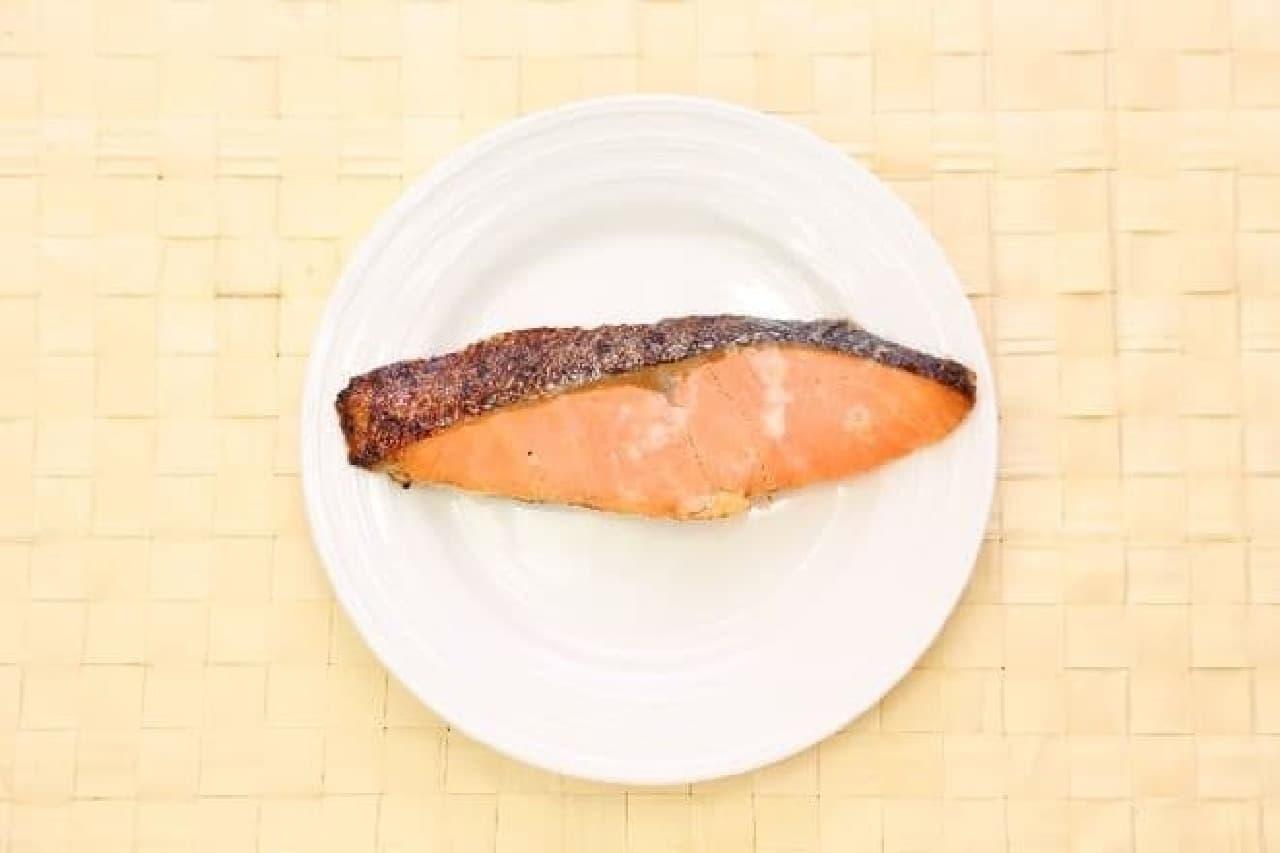 おにぎりの具の絶対王者「鮭」  白米との相性において、他の追随をゆるさない