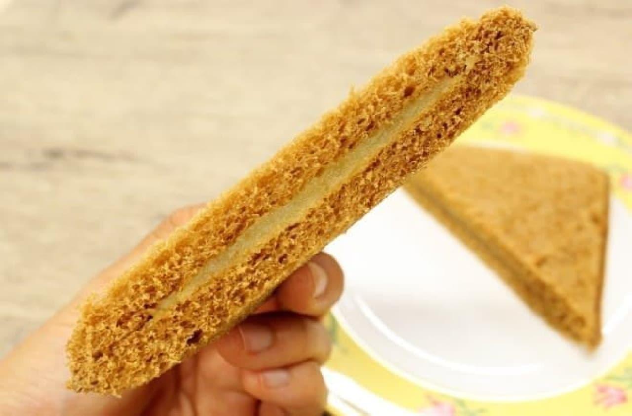 ふわふわパンと香ばしい甘さが合う!
