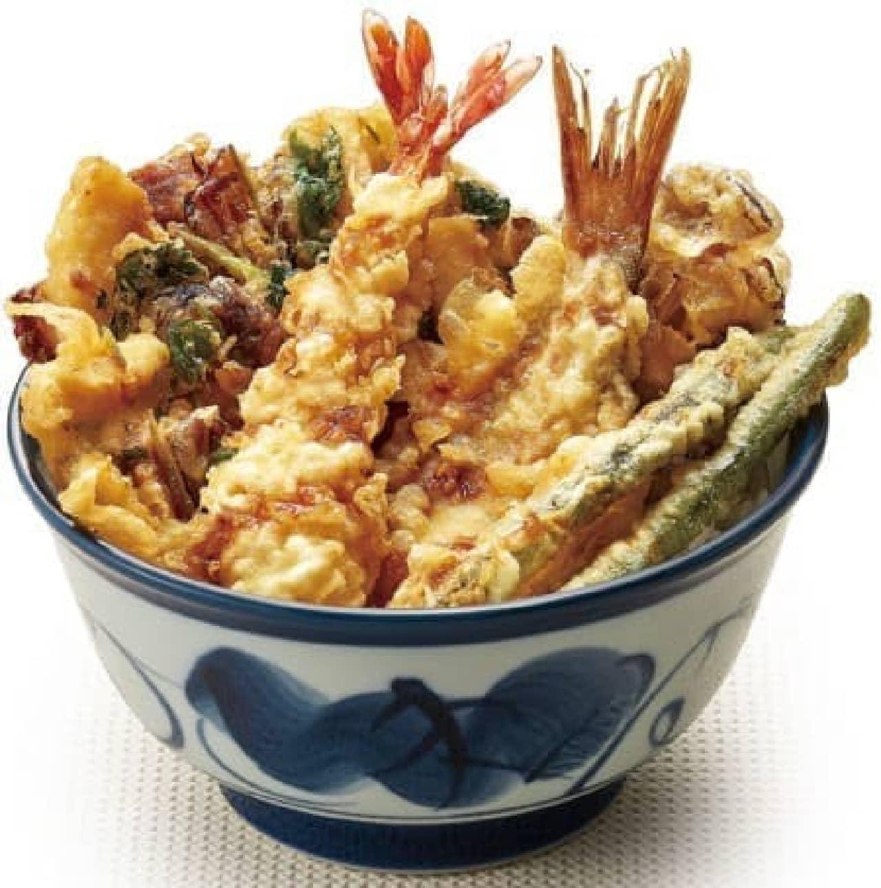 秋の味覚を贅沢に味わう丼