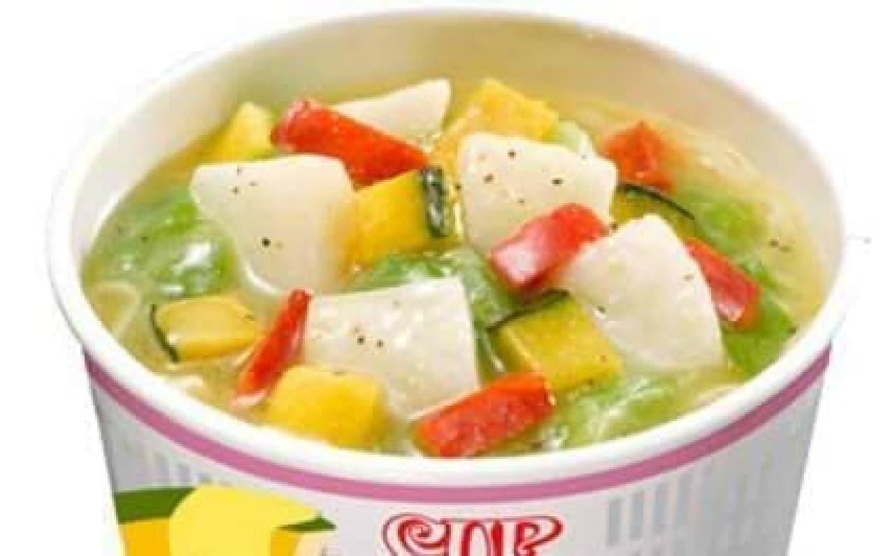 濃厚チーズスープに野菜がゴロゴロ