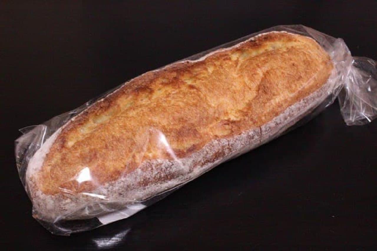 新麦100%使用「朝と昼のバゲット」