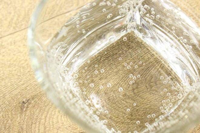 元から含まれているためか、水と炭酸の不思議な一体感があります