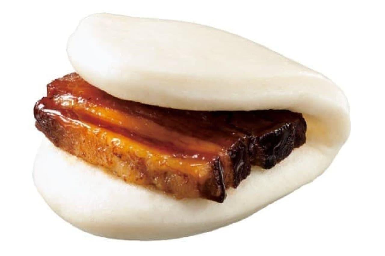 新春一発目の中華まんは「豚角煮まん」!