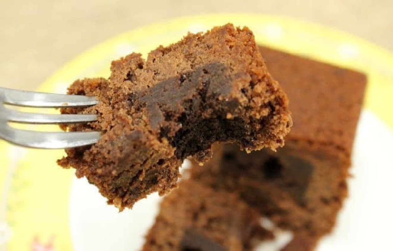 しっとり溶けて、まるで生ケーキ!