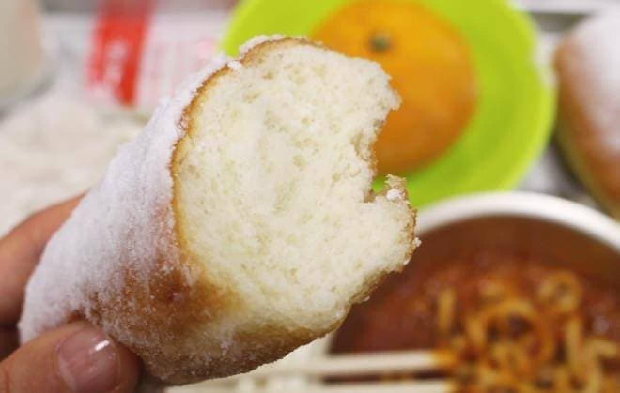 包み込むようなふわふわのあげパン