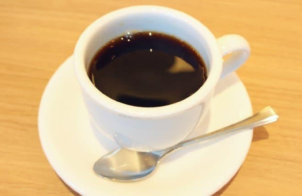 レギュラーコーヒー(恵比寿ブレンド)520円