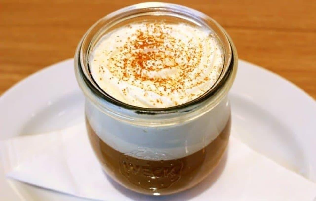 コーヒーとホイップのとろける2層