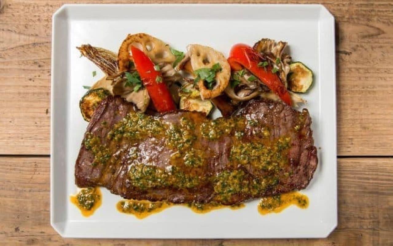 牛ハラミのステーキ カレーアンチョビバター