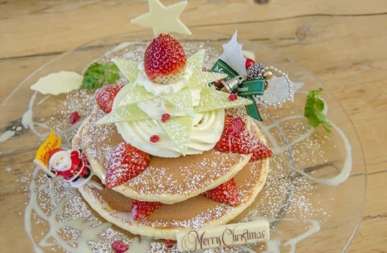 カフェ アクイーユに「ストロベリー・クリスマスツリー」