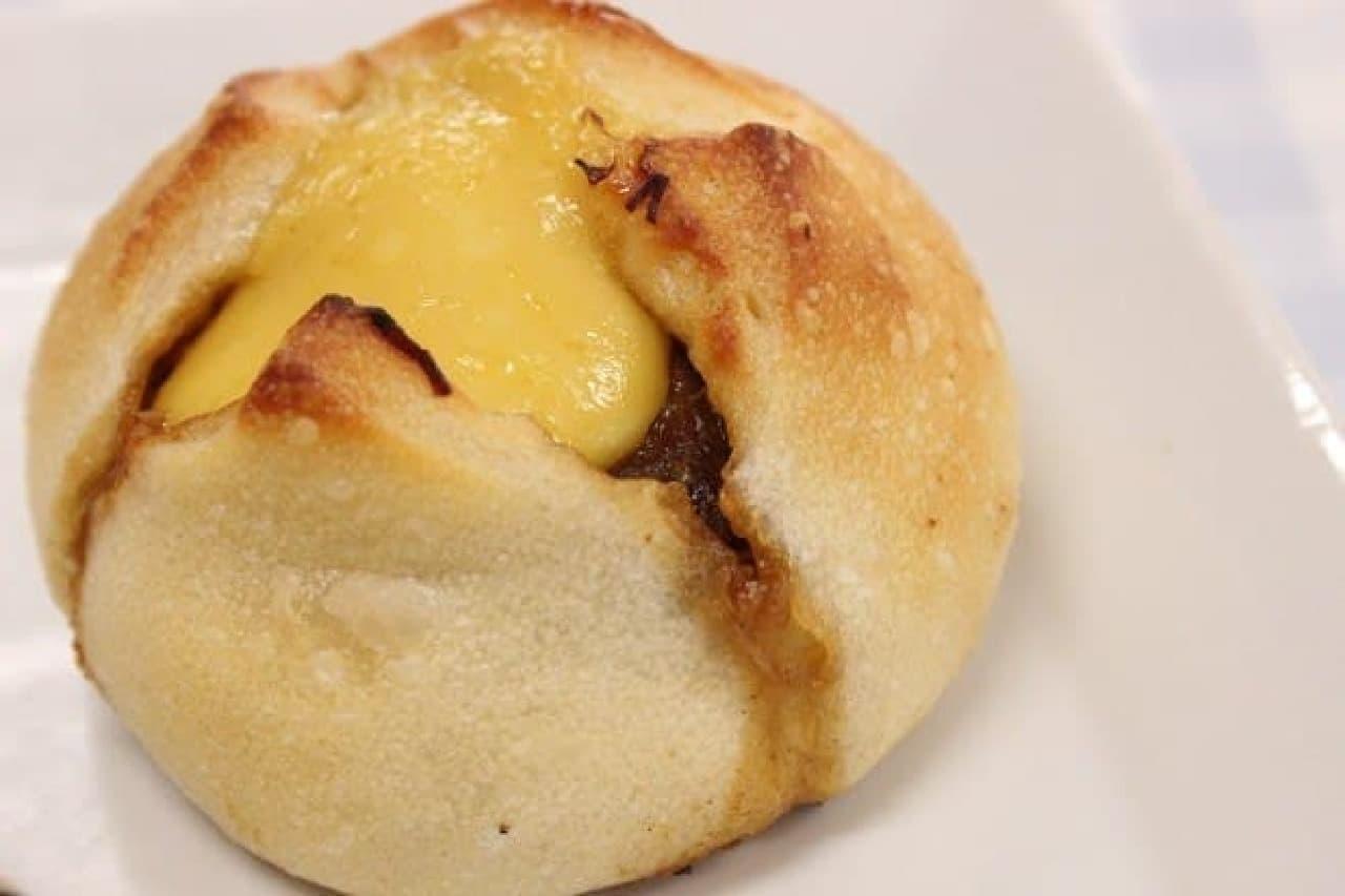 黄色のトロトロはチーズではなくからしマヨ