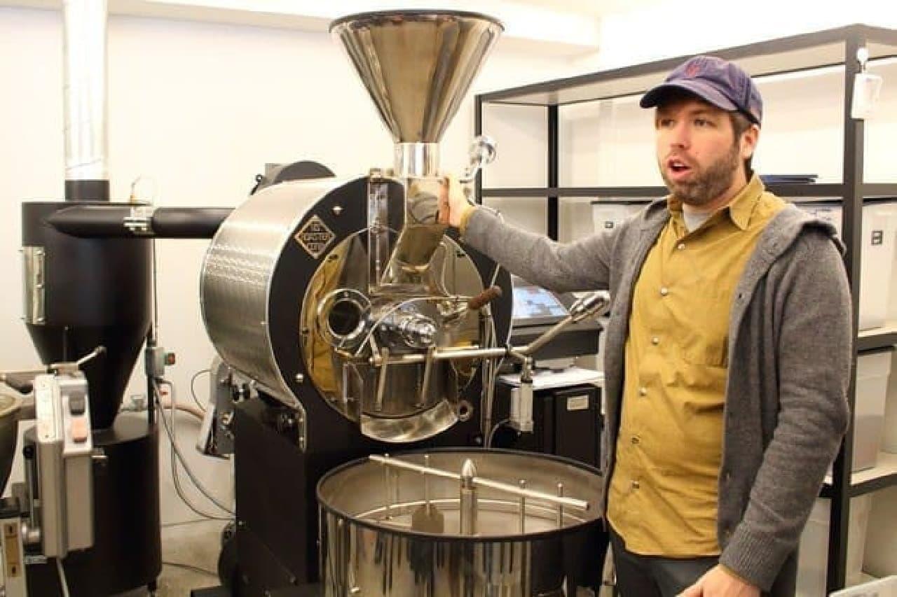 これがカカオ豆をローストする機械なんだって
