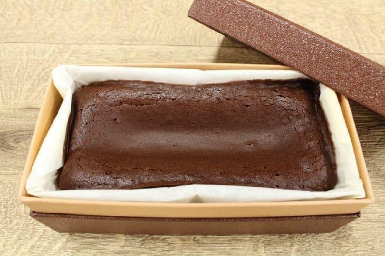 全体の重さの4割ほどがドモーリのチョコレート、という計算に