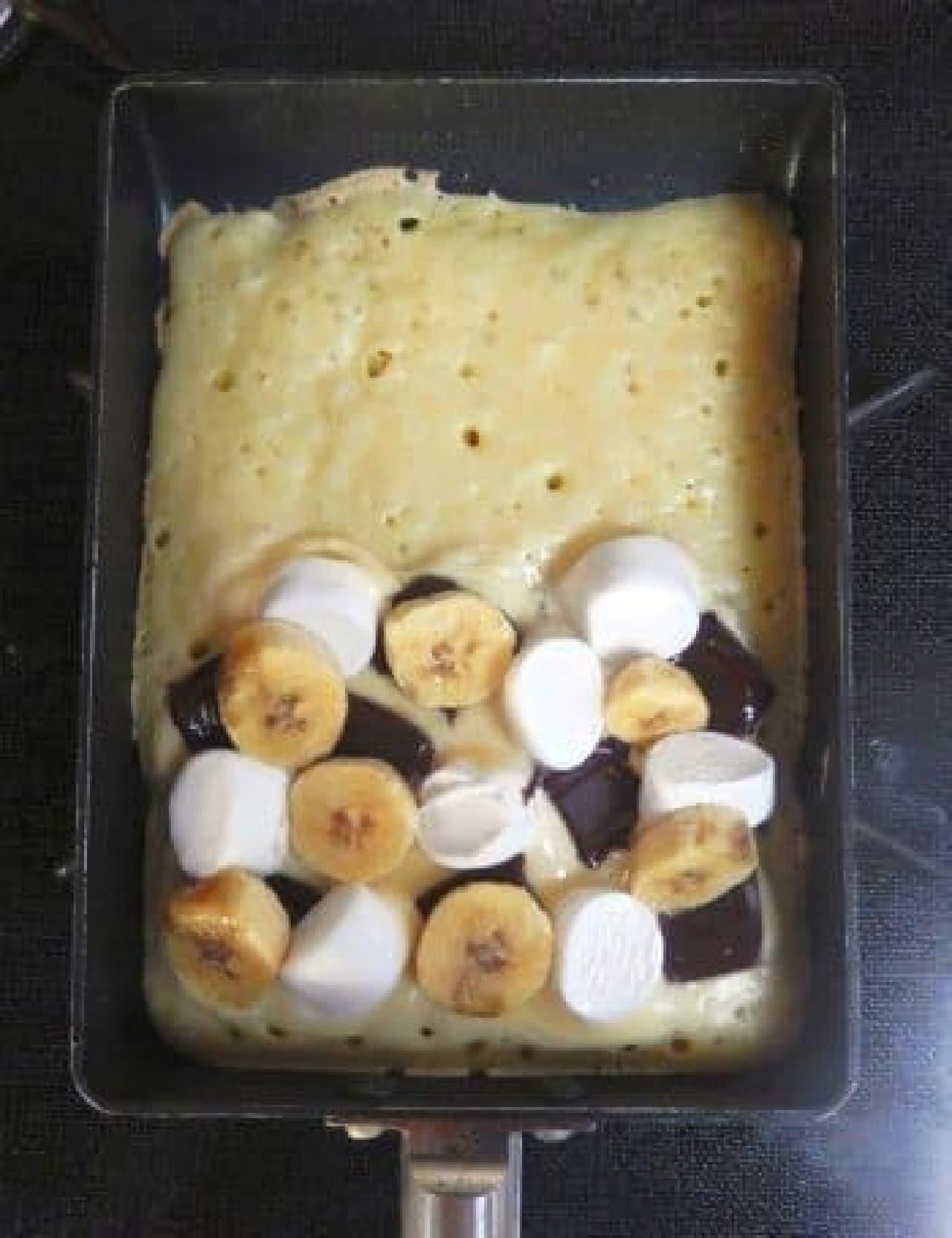 マシュマロとかバナナをのせて