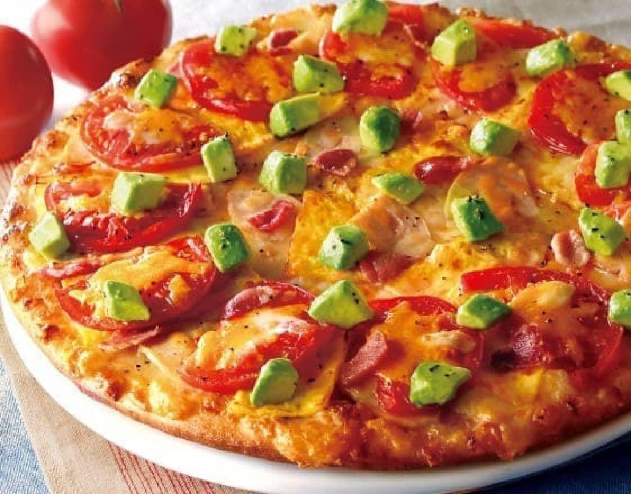"""アボカドを""""あとのせ""""するピザ"""