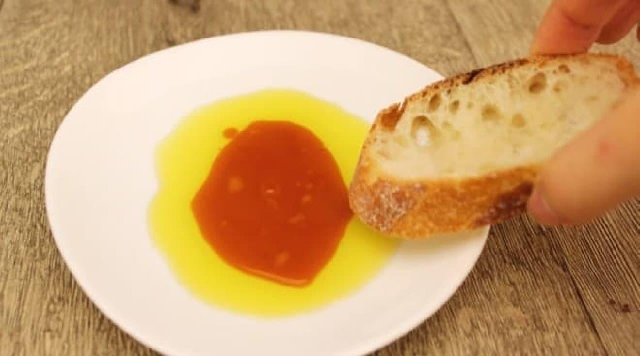オリーブオイルとパンかけ醤油の化学反応や~