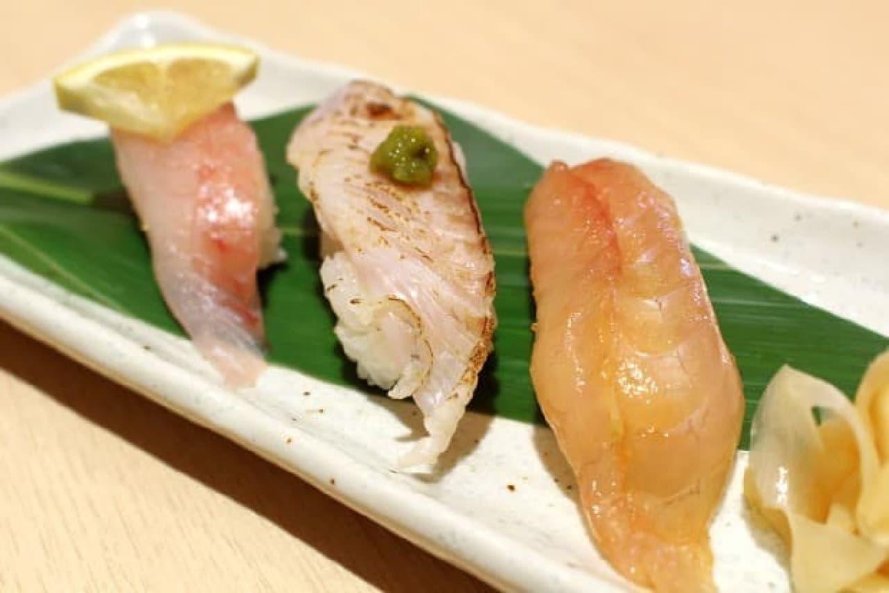 写真は桜鯛食べくらべトリオ  左から塩レモン、炙り柚子胡椒、漬け